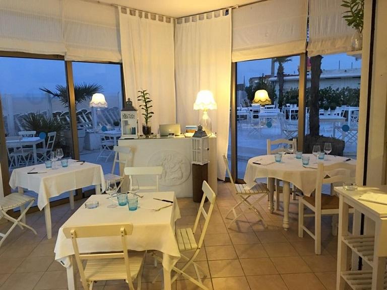 Bagno Conchiglia Cervia : Stabilimenti balneari con ristorante a cervia paginegialle