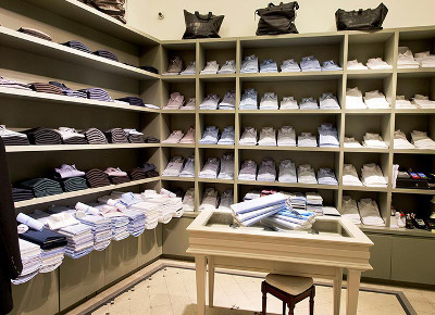 Riparazione abiti a Roma Via Frattina  bd8b5ccae72