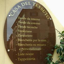 Casa del Tessuto dal 1971 - Tessuti e stoffe - vendita al dettaglio Massa