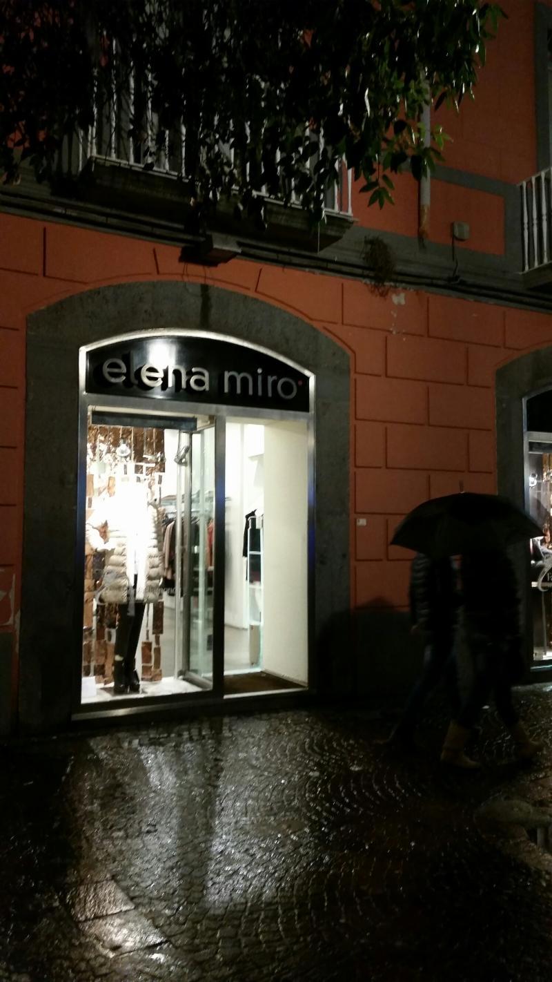 Elena miro  a Melito di napoli  24b85e63393