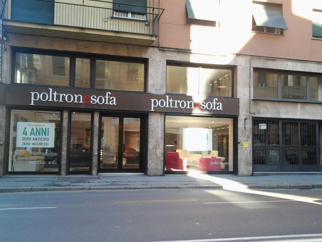 Top srl with poltrone e sof genova for Poltrone e sofa genova